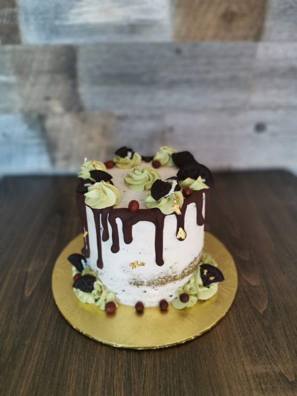 matcha cookies and cream cake
