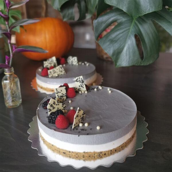 black sesame cake oishiii